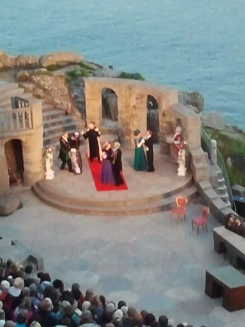 ..Minack-Theater