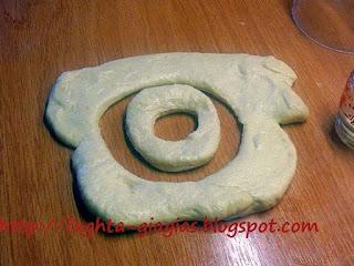 Τηγανίδες αλμυρές ή γλυκές, τα ελληνικά ντόνατς - από «Τα φαγητά της γιαγιάς»