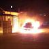 TERROR EM SAJ: Bandidos ateiam fogo em carro e atiram em ruas da cidade