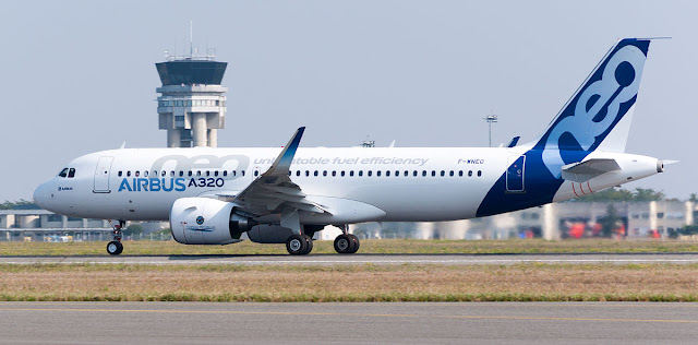 Airbus A320neo F-WNEO