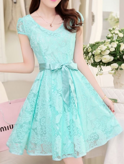 Captivating V-Neck Bowknot Hollow Out Plain Lace Skater Dress
