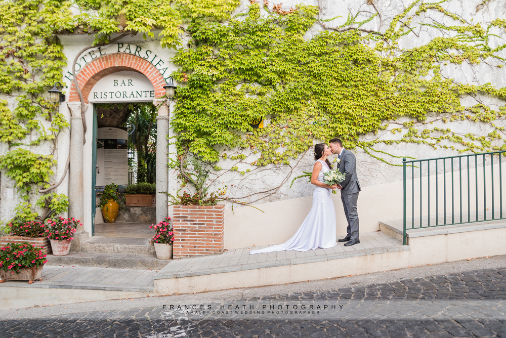 bride and groom at rustic venue in Ravello