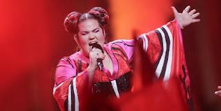 Τρέλανε την Eurovision η Νέτα του Ισραήλ με το «ανεβαστικό» τραγούδι της (Βίντεο)