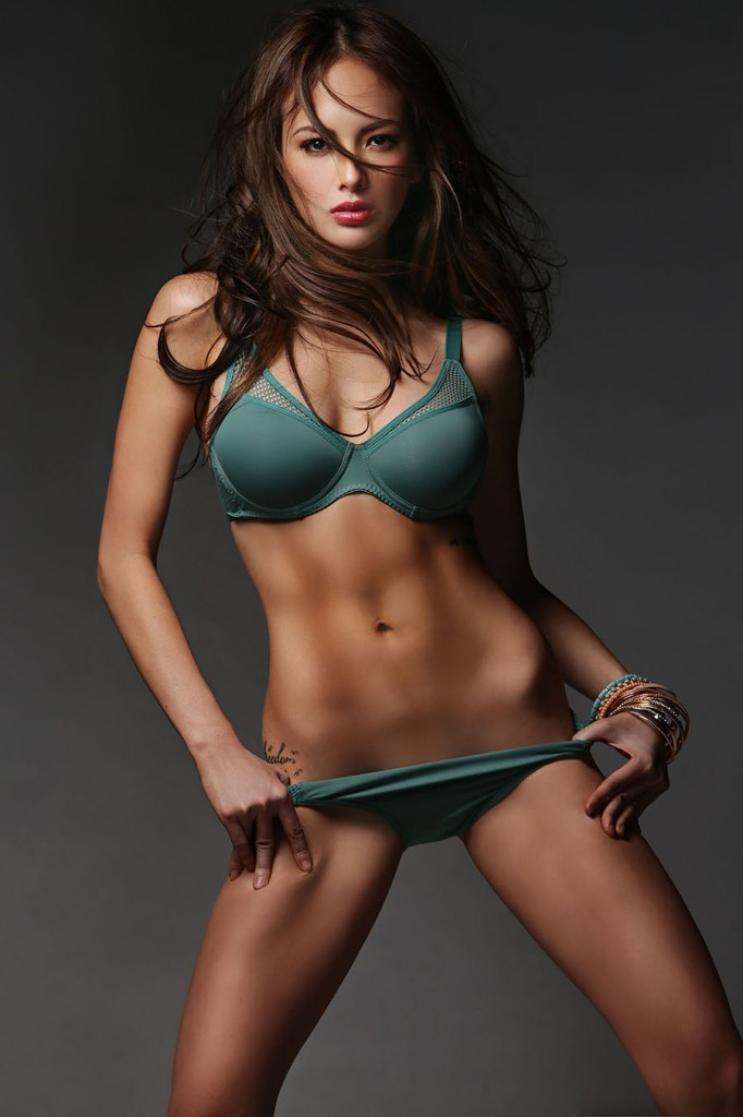 ellen adarna bikini photos