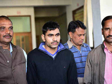 Honey trapped Jawan sent pictures of weapons to Pakistan agent, New Delhi, News, Facebook, Social Network, Message, Politics, Pakistan, National