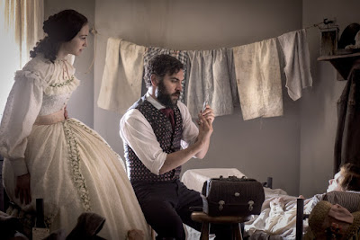 Josh Radnor and Hannah James in Mercy Street (8)