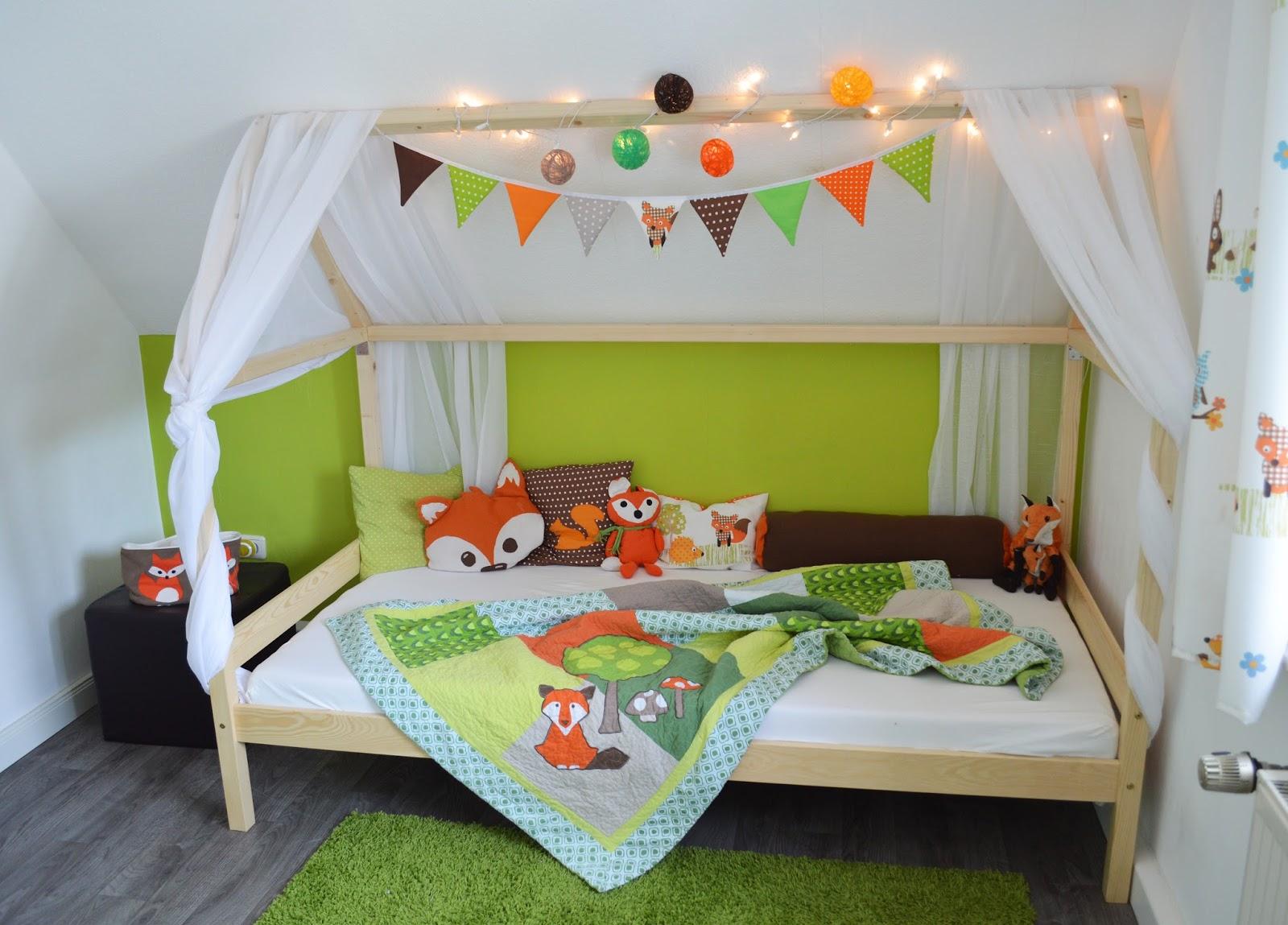 ideenwiese unser fuchsbau hausbett. Black Bedroom Furniture Sets. Home Design Ideas