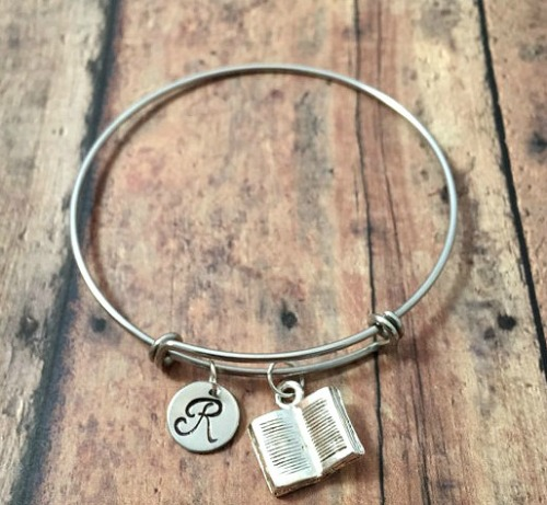 affordable teacher gifts, gift guide, teacher gifts, affordable gifts, bangle braclet