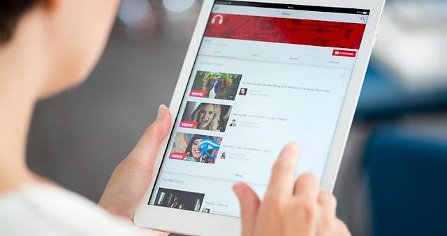 كن أول من يحصل على تطبيق YouTube Go الذي أطلقته جوجل اليوم لمشاهدة الفيديوهات على اليوتيوب بدون أنترنيت , حوحو للمعلةوميات سارع وكن من الأوائل الذين يجربون تطبيق YouTube Go الجديد من غوغل لمشاهدة فيديوهات اليوتوب بدون أنترنت حوحو للمعلوميات , الكشف عن تطبيق YouTube Go لمشاهدة الفيديو دون اتصال إنترنت المحترف  , aitenews , كن أول من يحصل على تطبيق YouTube Go الذي أطلقته جوجل اليوم لمشاهدة الفيديوهات على اليوتيوب بدون أنترنيت ,  YouTube Go حيث تكمن مهمة هذا التطبيق مشاهدة الفيديوهات على اليوتيوب بدون الحاجة للأنترنيت , تحميل تطبيق YouTube Go , عالم التقنيات , بسام خروبطلي
