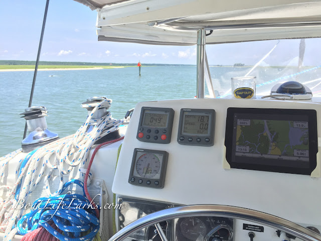 Lagoon 380 Helm with iPad GPS
