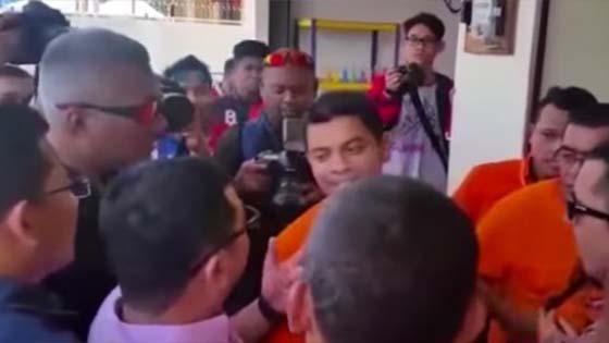Isu Rafizi Lari 'Kecut Perut' Jumpa Pegawai Khas Rosmah Mansor Isu Jet