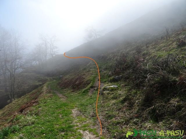 Ruta Sierra del Crespón: Camino de Llampaces a Prieya