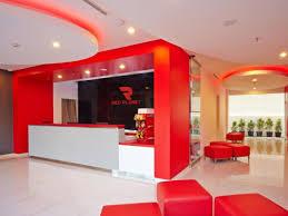 Hotel Modern di Tengah Kota Budaya: Red Panet Solo