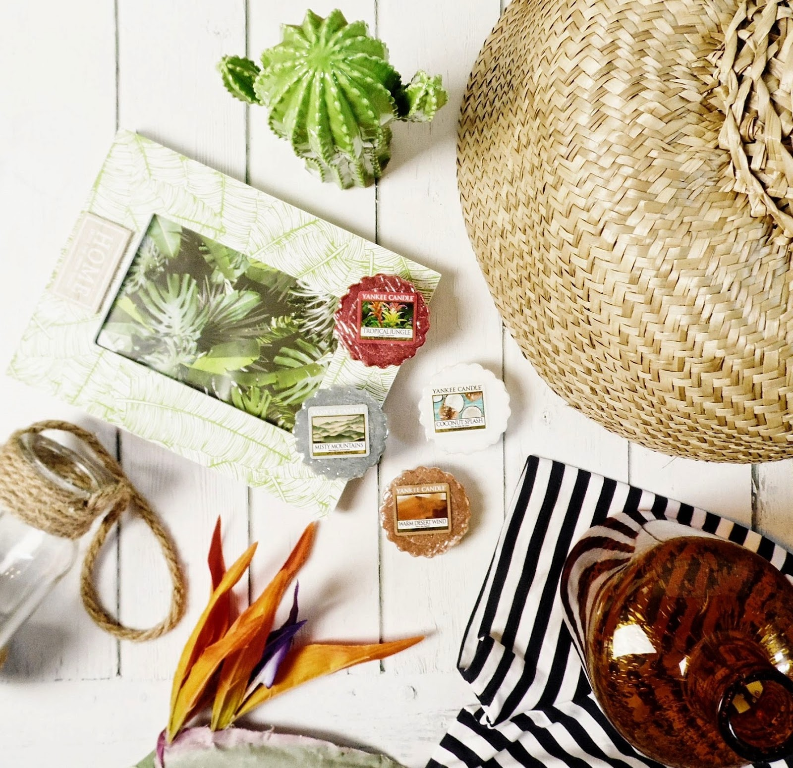 yankee candle just go q2 warm desert wind coconut splash tropical jungle misty mountains recenzja opinia blog