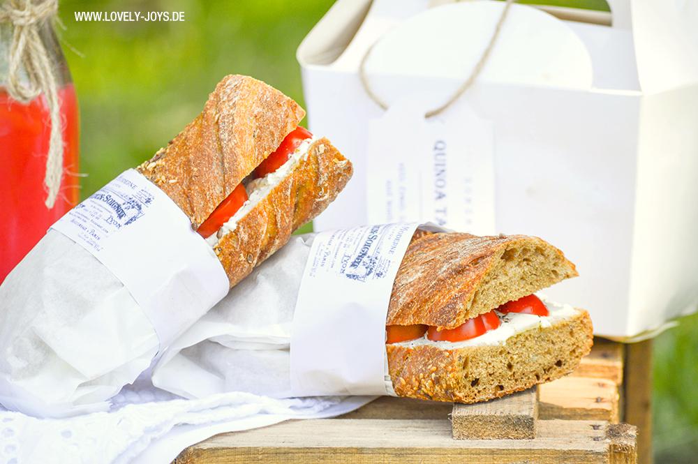 Picknick Weinkiste Rezepte Baguette Sandwich
