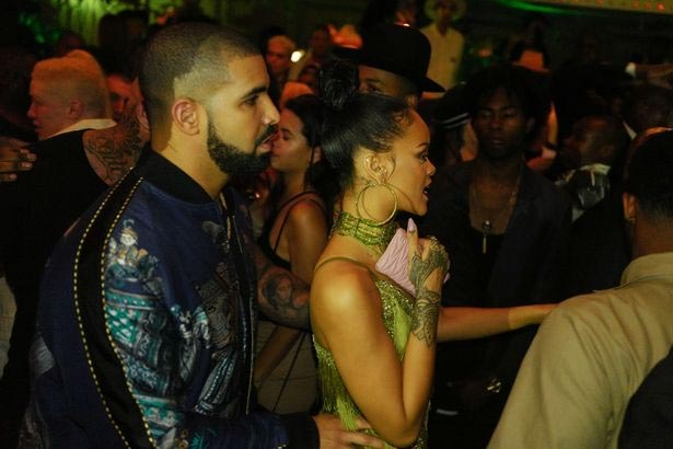 Photos of Drake and Rihanna rocking the dance floor at MTV VMAs