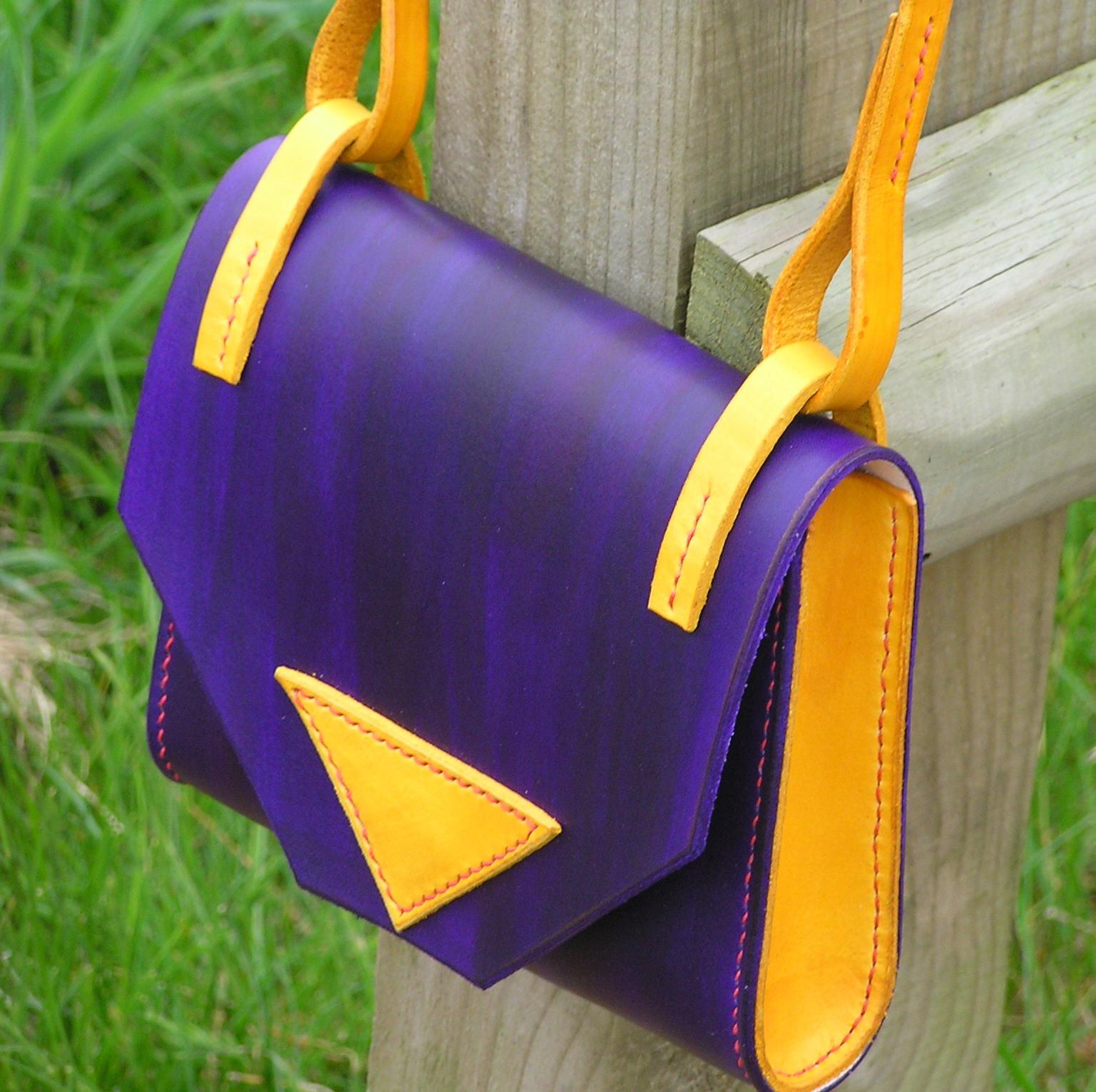 DelicaT PurpleYellow