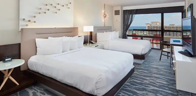 Discover an elegant retreat at Waterstone Resort & Marina Boca Raton, Curio Collection by Hilton.