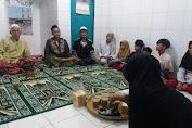 Ketua FKDM Kecamatan Tambora Berikan Santunan Kepada 30 Anak Yatim Piatu