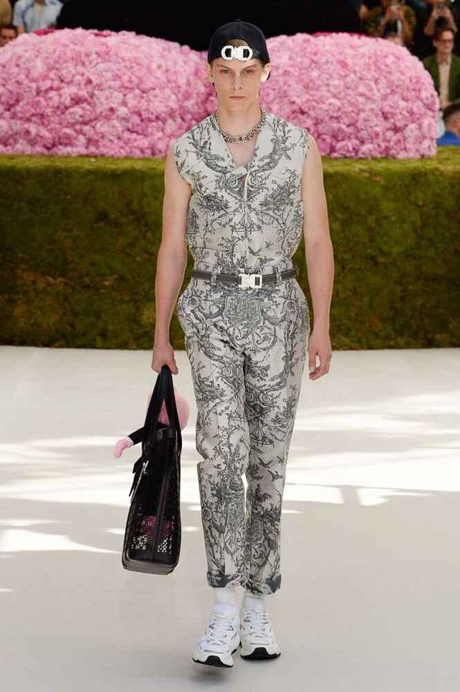 Dior Paris Fashion Week 2019 Mens The Art Of Mike Mignola