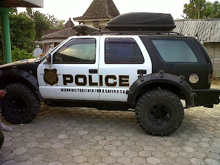 Blazer modif off road like, POLICE