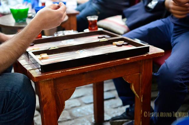 Partida de backgammon