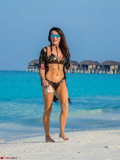 Lizzie Cundy in Golden Printed Black Bikini (2).jpg
