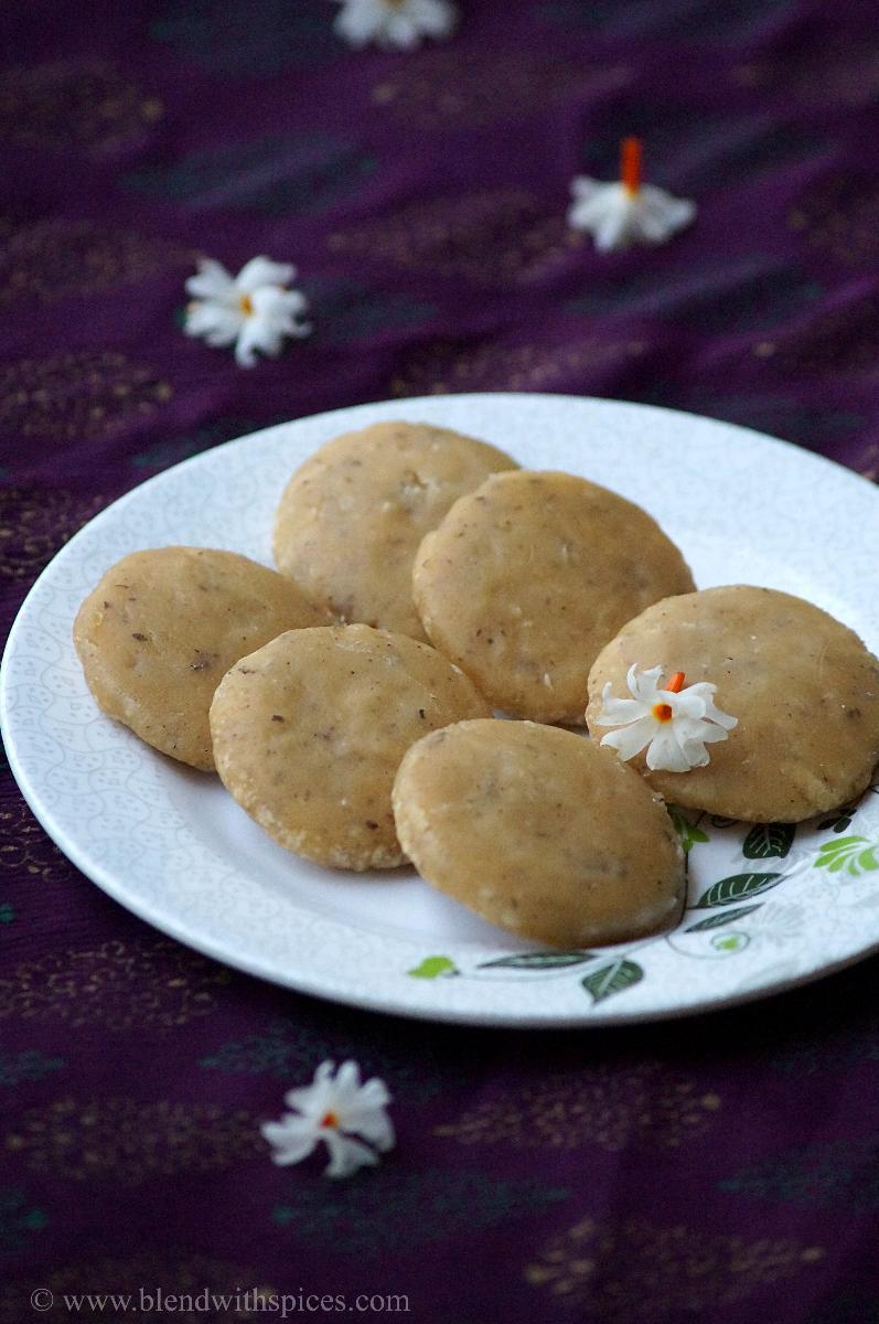 how to make kudumulu, teepi kudumulu, bellam kudumulu kudumulu for vinayaka chavithi