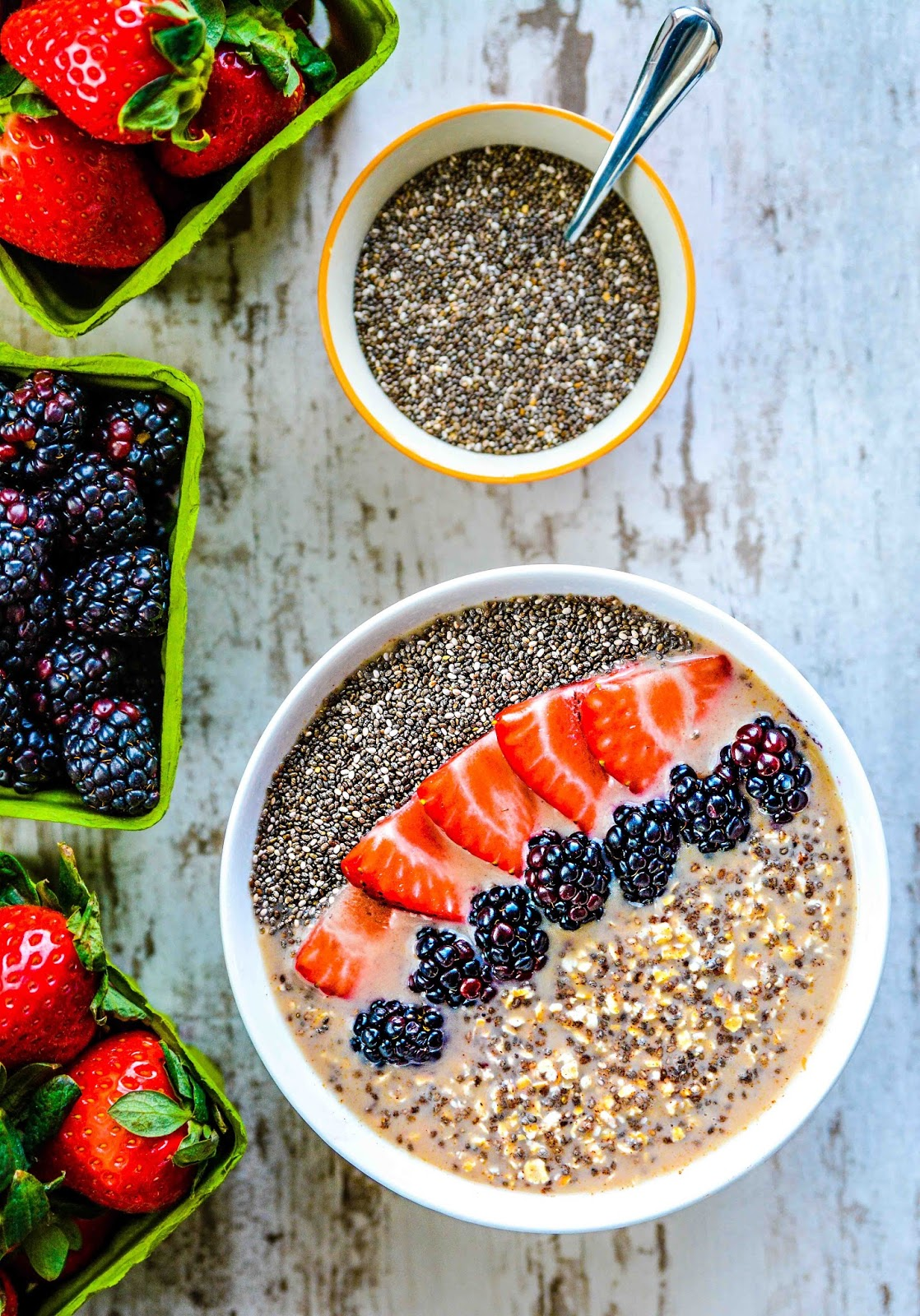 Fruit & Oatmeal Chia Breakfast Pudding