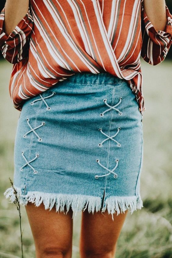 trendy outfit idea / stripped blouse + lace up denim skirt