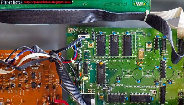 Roland digital piano circuit