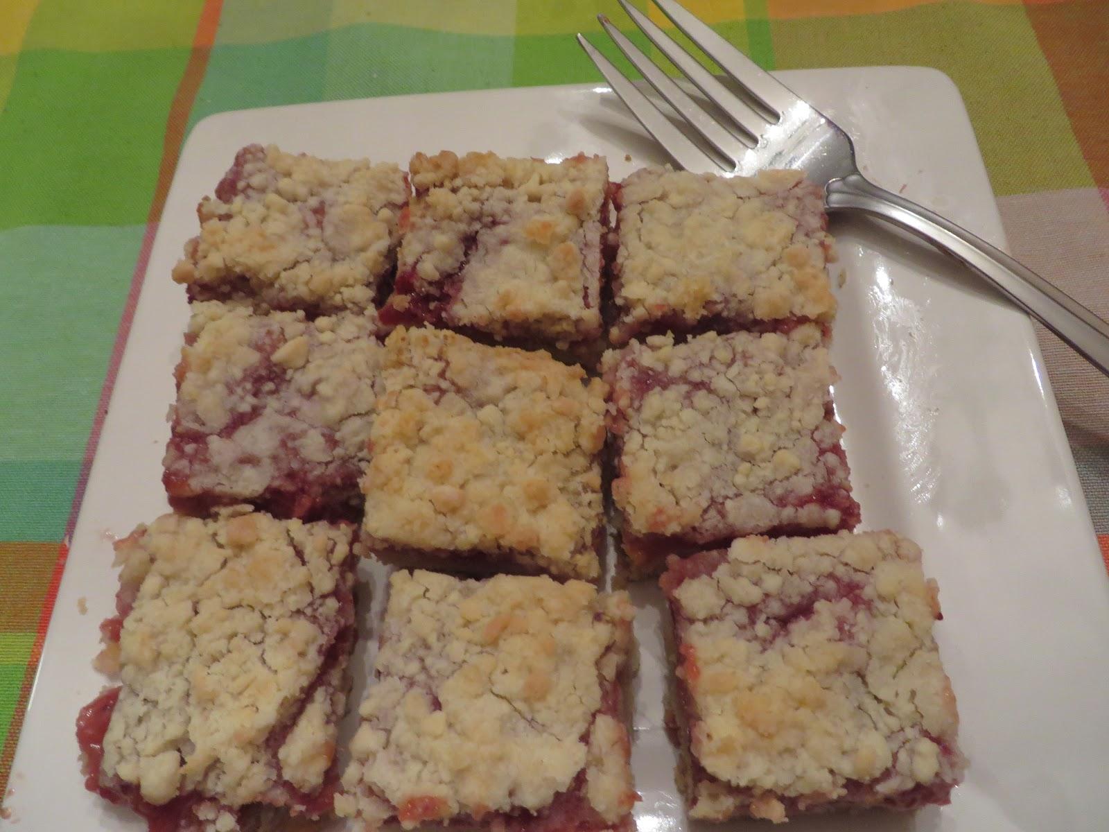Ever Ready: Strawberry- Rhubarb Almond Bars