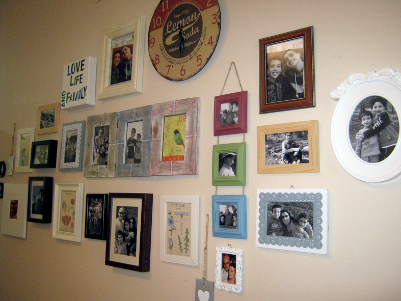 How to create a family photo wall collage