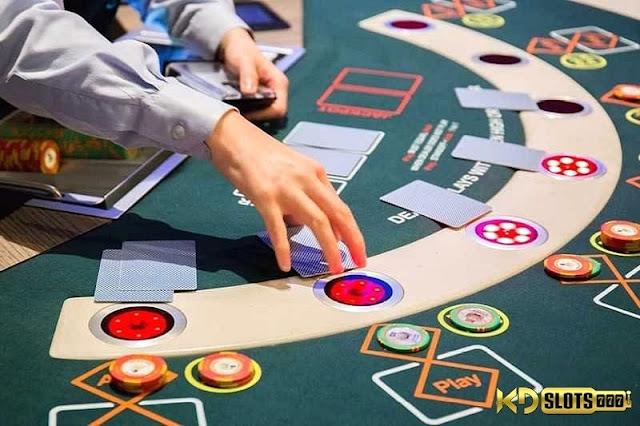 Kinh nghiệm đánh bài baccarat từ cao thủ cờ bạc