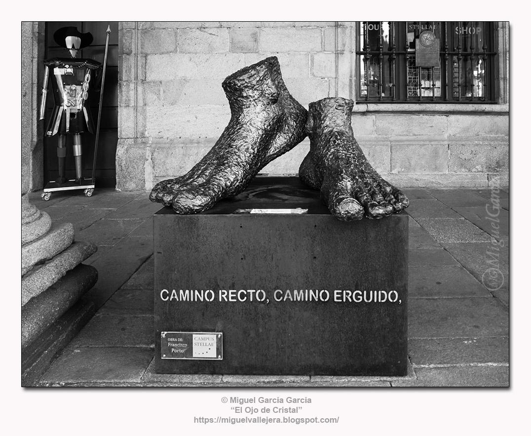 Escultura de Francisco Porto en Santiago de Compostela.