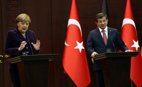 Το Κρεμλίνο ζητά από τη Μέρκελ να προσέχει τα λόγια της