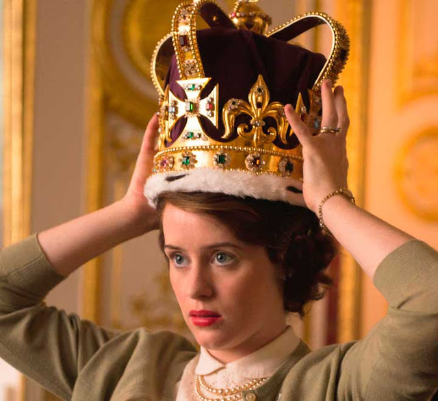 Elizabeth coroa de rainha, The Crown