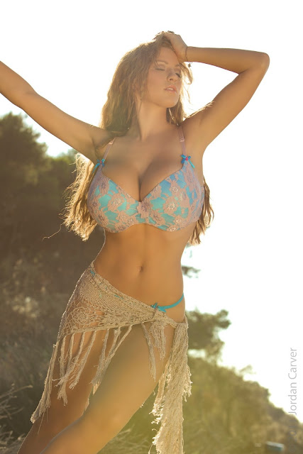 Jordan-Carver-sunrise-hot-sexy-photo-shoot-hd-image-11