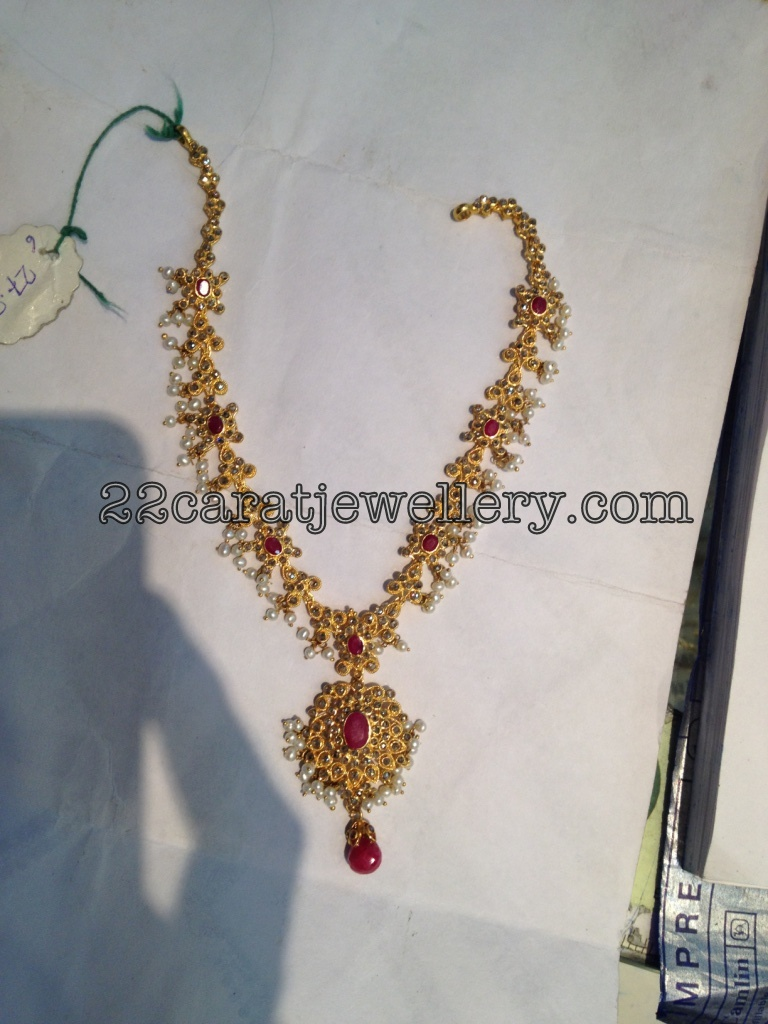 30 Grams Uncut Diamond Short Set Jewellery Designs
