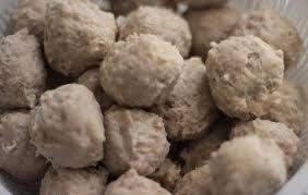 Makanan Khas Indonesia bakso - bakso ayam