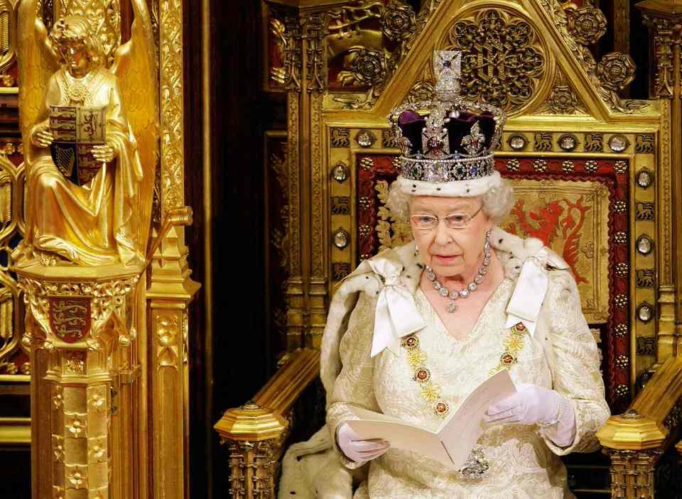 Η Βασίλισσα μπορεί να ακυρώσει οποιοδήποτε νόμο