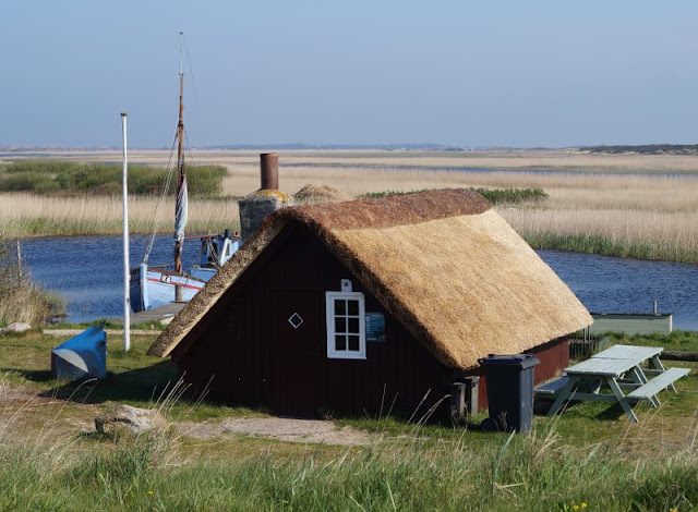 """Nymindegab: Ein kleines Juwel an der Westküste Dänemarks. Malerische Fischerhütten, auf Dänisch """"Esehusene"""""""