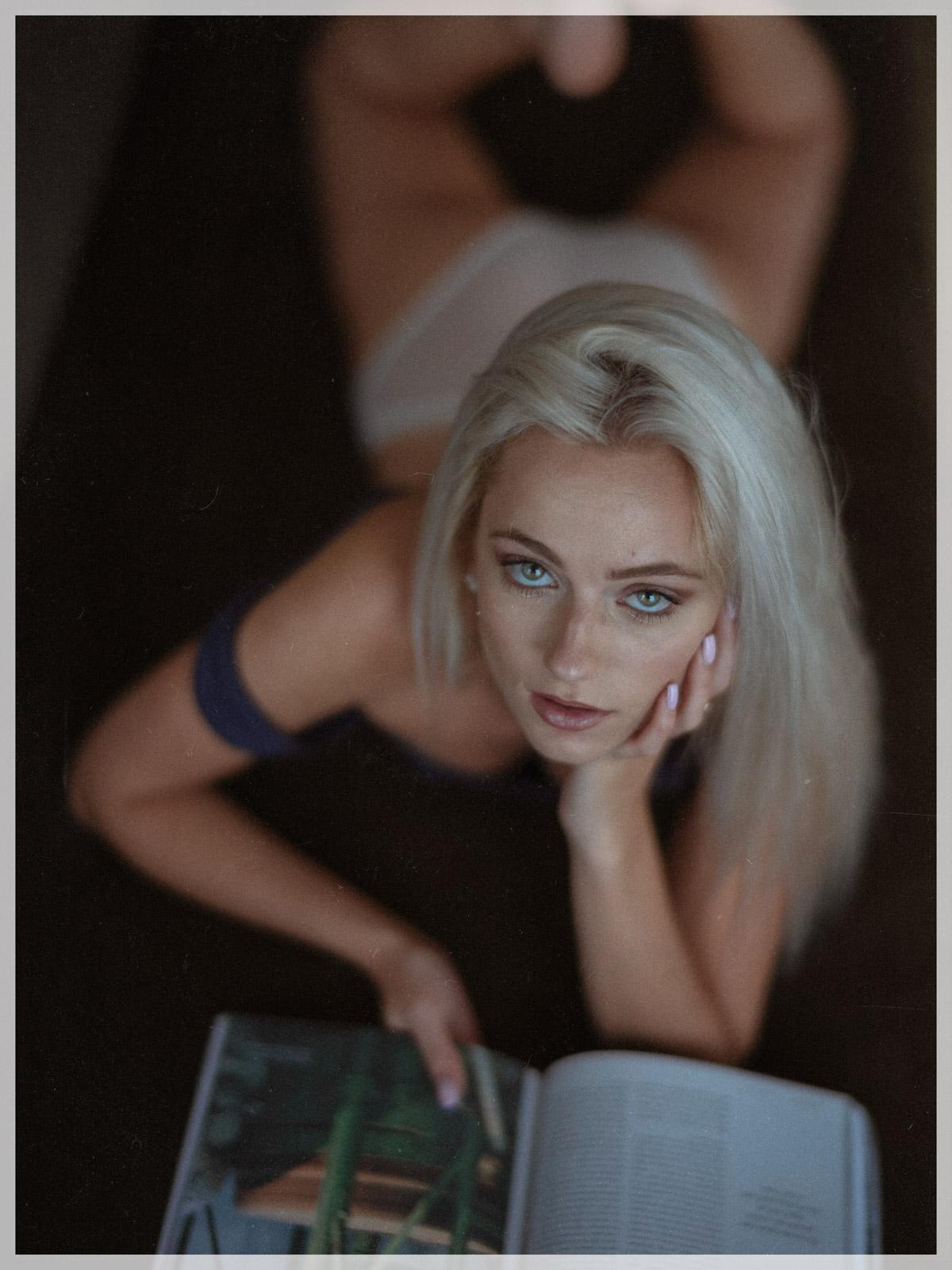 Anais Jeanneret Photo Lui a sexy corner: catrina shank desnuda para juan garcia (junio