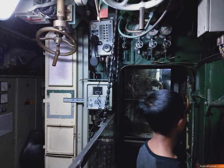 Foto Dalam Muzium Kapal Selam