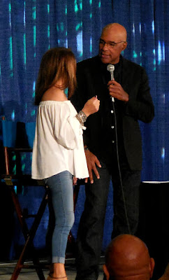 Michael Dorn introducing Marina Sirtis at Shore Leave 39