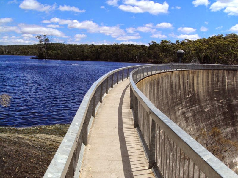 Whispering Wall — Barossa Reservoir