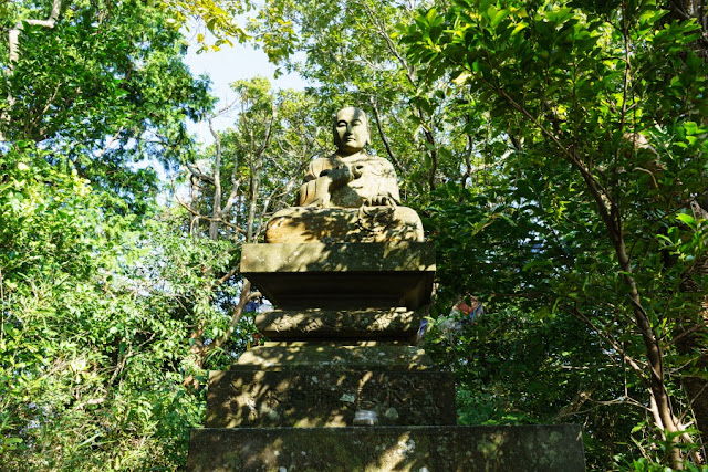 弘法大師像~鎌倉アルプス・天園ハイキングコース