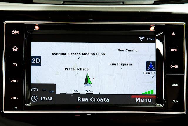 Nova Nissan Frontier 2018 - sistema multimídia