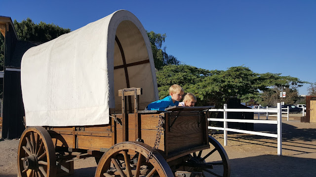 old-town-wagon-kids