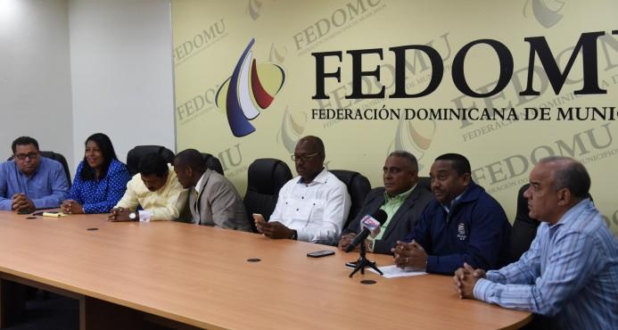 Alcaldes advierten crisis sanitaria Gran Santo Domingo por decisión de Lajun